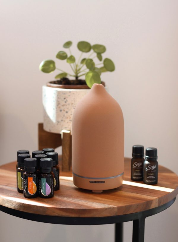 The Best Essential Oil Combinations for Your Home